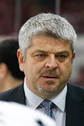 Photo of Todd McLellan